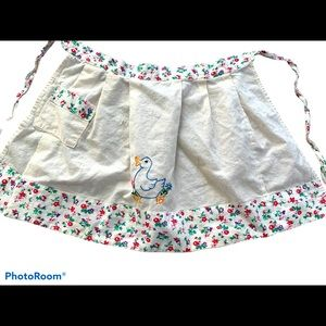 (5 for $30🔥)Child's vintage embroidered apron